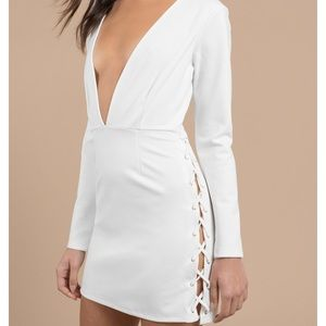 Tobi plunging white body on dress